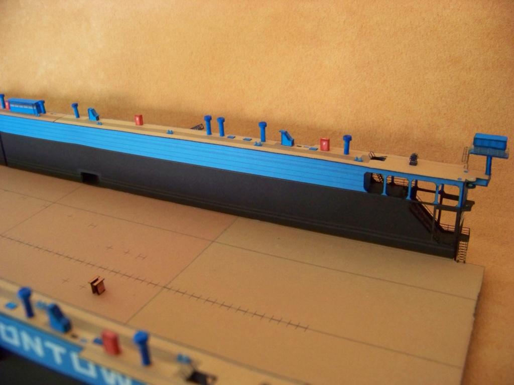 Dock flottant Ostrow II maquette en papier JSC 1/400. - Page 2 101_0156