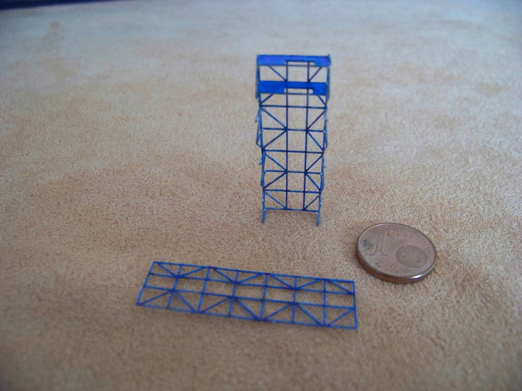 Dock flottant Ostrow II maquette en papier JSC 1/400. - Page 2 101_0162
