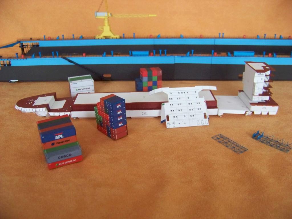 Dock flottant Ostrow II maquette en papier JSC 1/400. - Page 2 101_0163