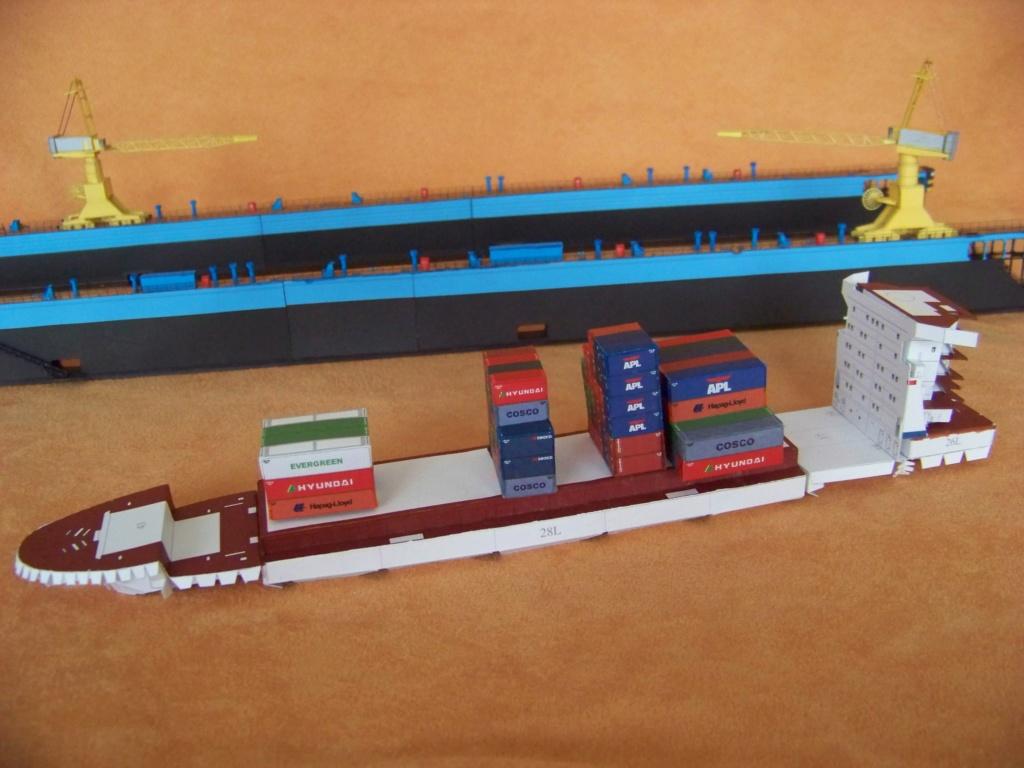 Dock flottant Ostrow II maquette en papier JSC 1/400. - Page 2 101_0164