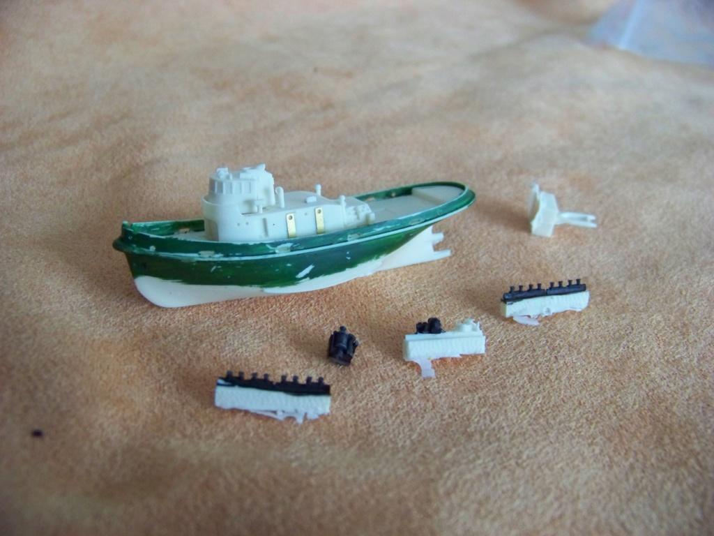 Dock flottant Ostrow II maquette en papier JSC 1/400. - Page 2 101_0167