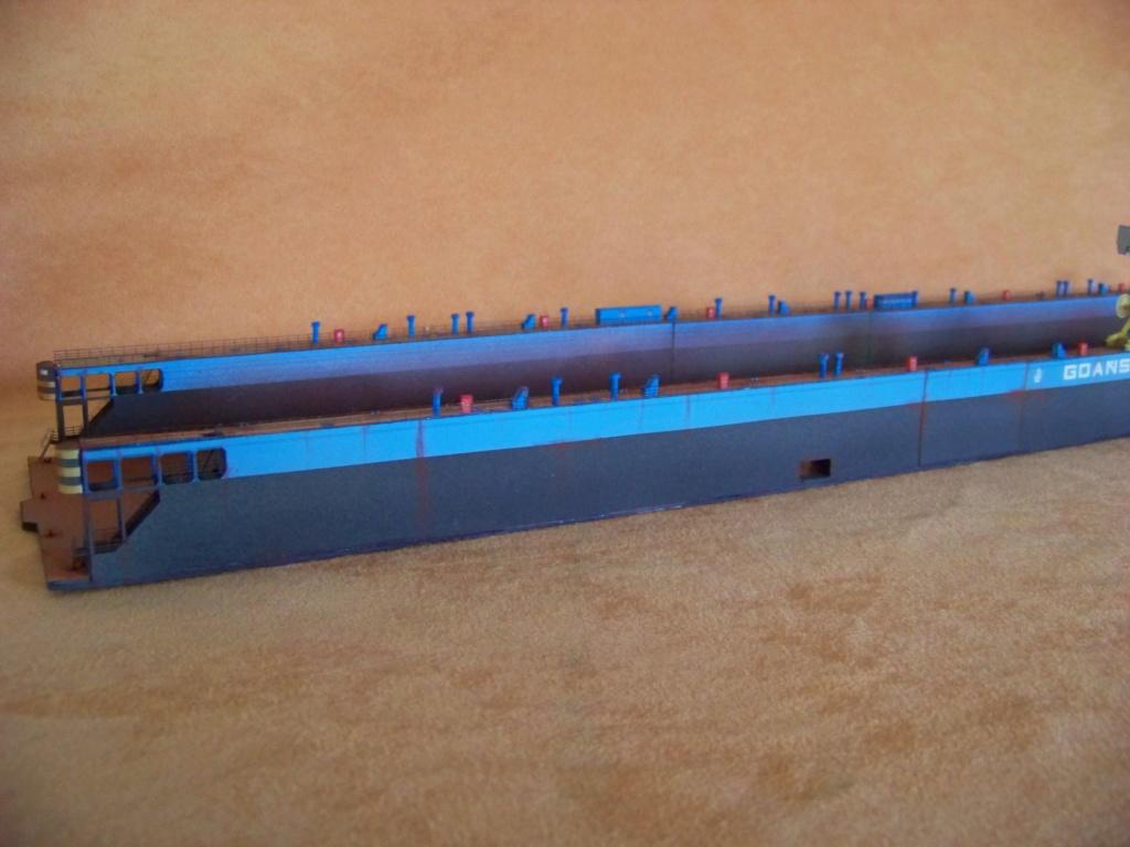 Dock flottant Ostrow II maquette en papier JSC 1/400. - Page 2 101_0170
