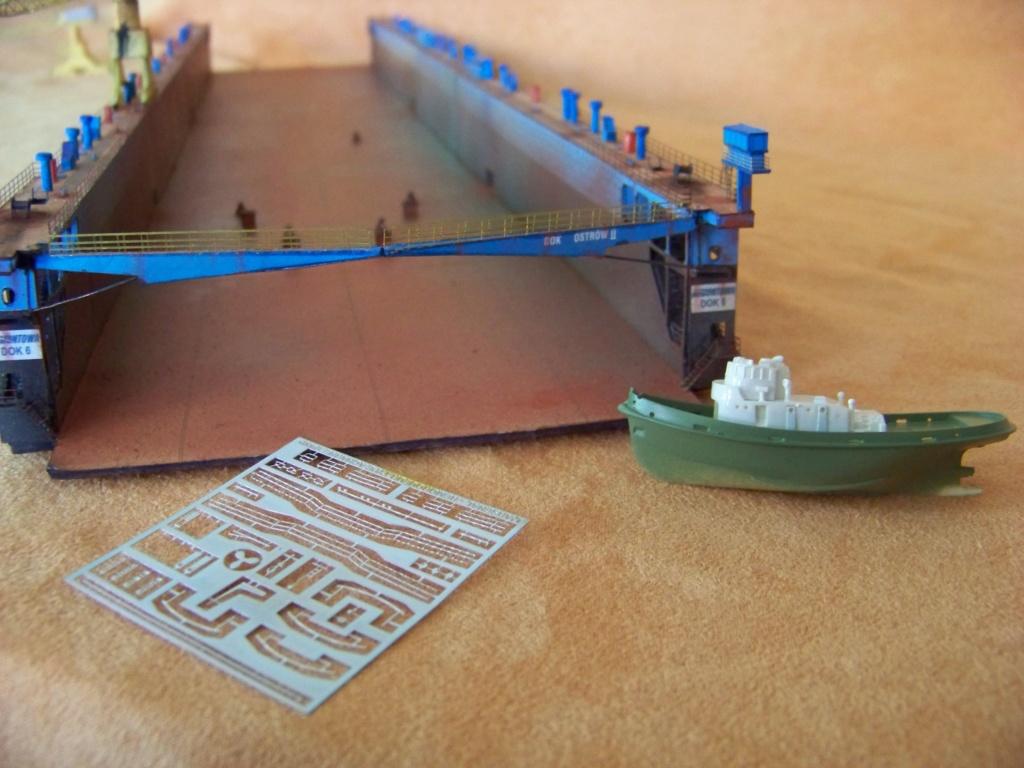 Dock flottant Ostrow II maquette en papier JSC 1/400. - Page 2 101_0171