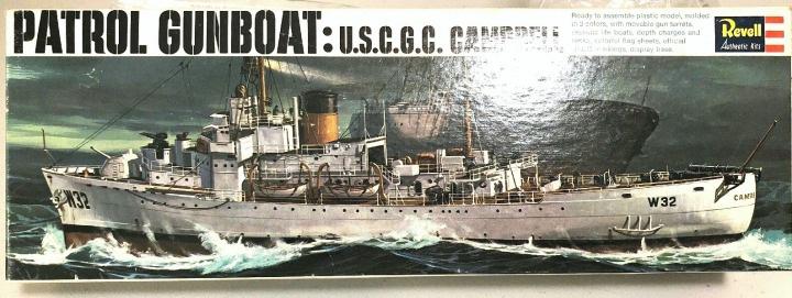 Recherche la maquette de l'USCG Roger B. Taney ou USCG Campbell, 1/302 Revell. 11758110