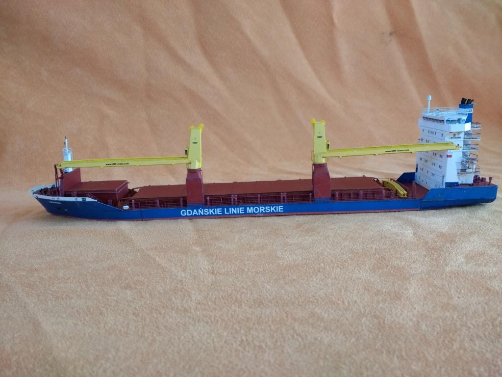 Dock flottant Ostrow II maquette en papier JSC 1/400. - Page 3 Img_2027