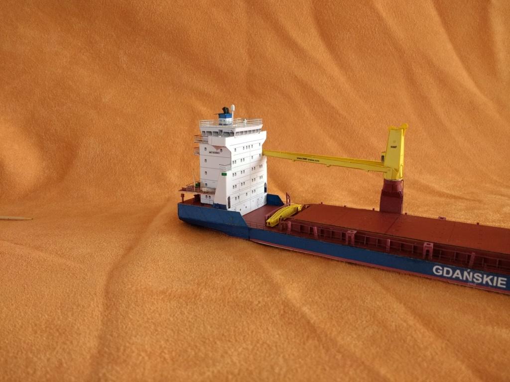 Dock flottant Ostrow II maquette en papier JSC 1/400. - Page 3 Img_2030