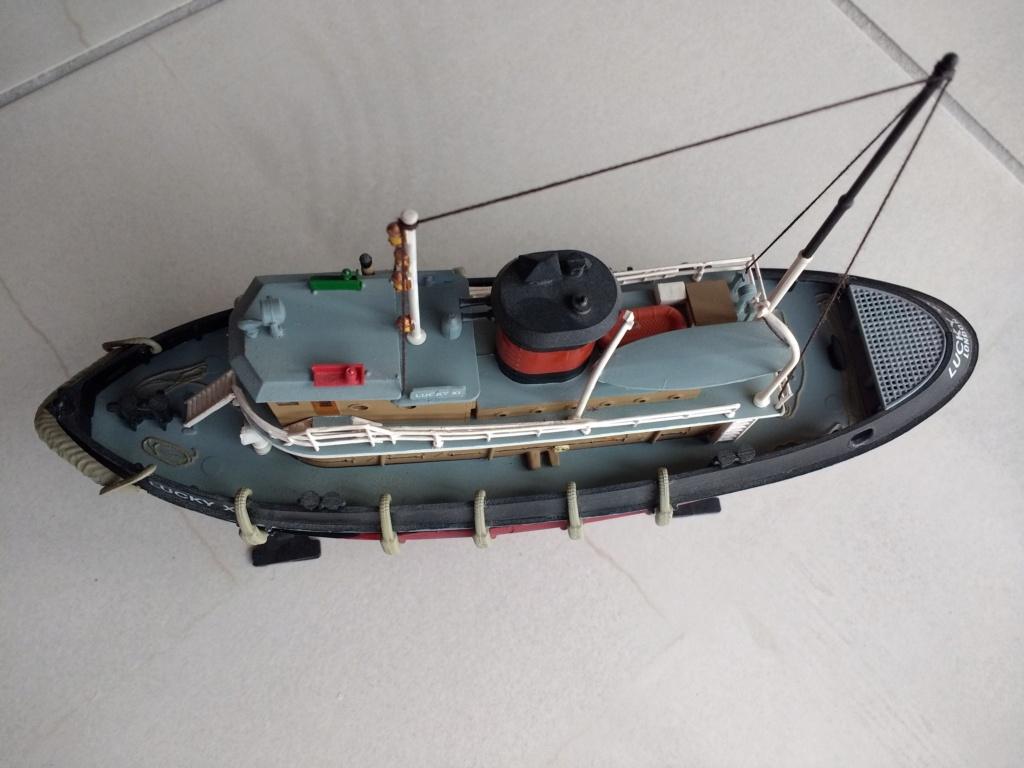 Dio : Remorqueur garde-côtes US (Lindberg 1/87°) par PLEF Img_2040