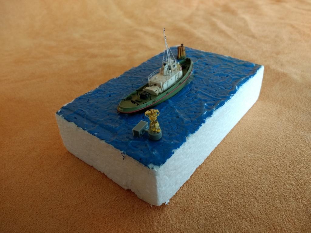 Dock flottant Ostrow II maquette en papier JSC 1/400. - Page 3 Img_2041