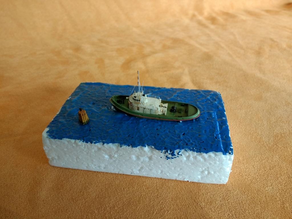 Dock flottant Ostrow II maquette en papier JSC 1/400. - Page 3 Img_2043