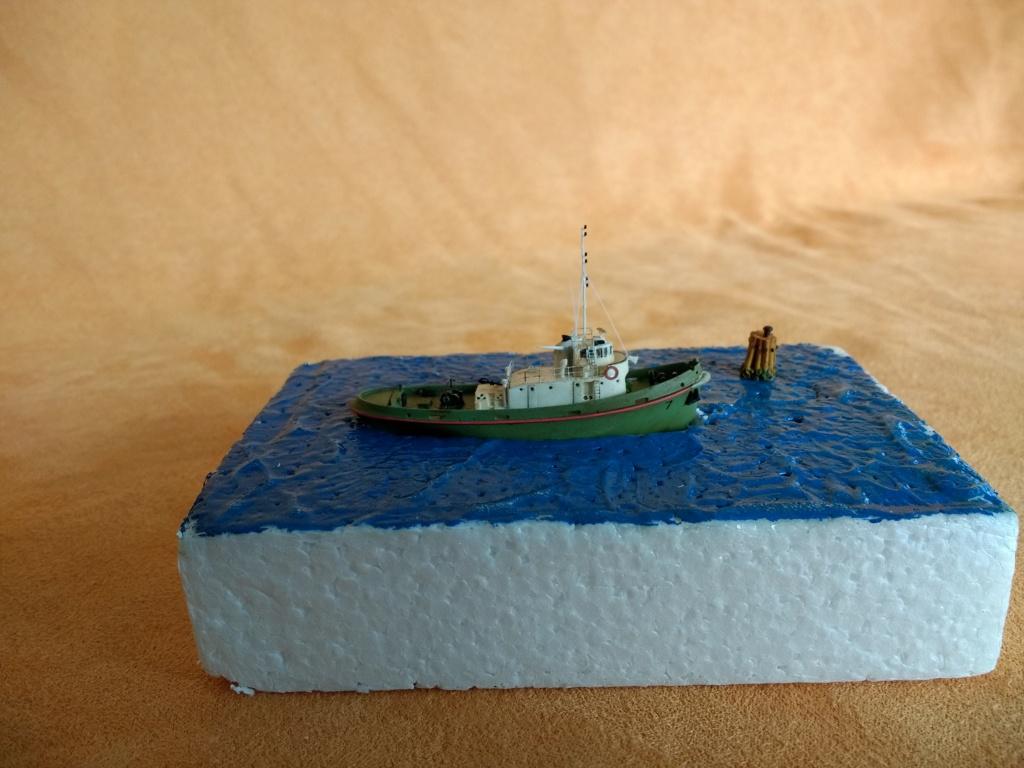 Dock flottant Ostrow II maquette en papier JSC 1/400. - Page 3 Img_2044