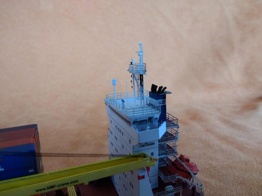 Dock flottant Ostrow II maquette en papier JSC 1/400. - Page 3 Img_2049