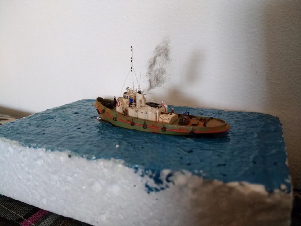 Dock flottant Ostrow II maquette en papier JSC 1/400. - Page 3 Img_2056