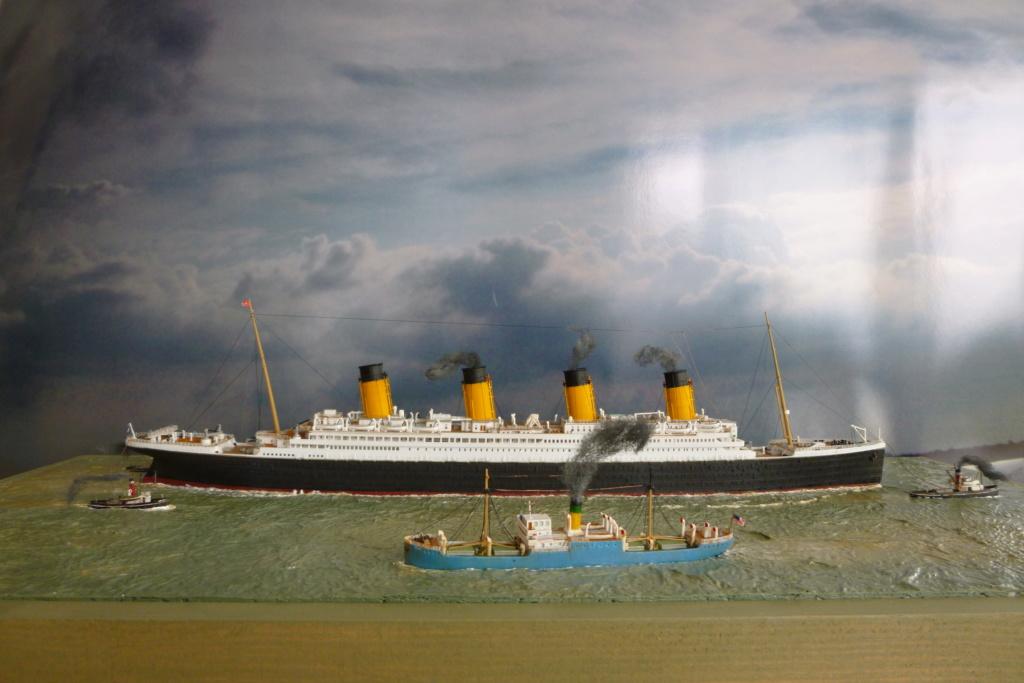 Dio : Titanic en essais avec remorqueurs & caboteur (1/700°) par PLEF P1010111
