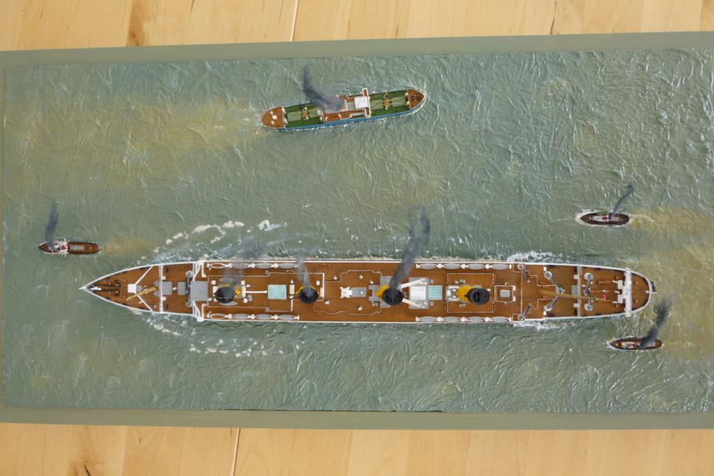 Dio : Titanic en essais avec remorqueurs & caboteur (1/700°) par PLEF P1010114