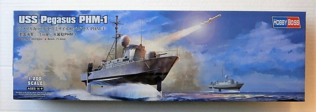 USS Pegasus hydroptère Hobby Boss 1/200. P1240010