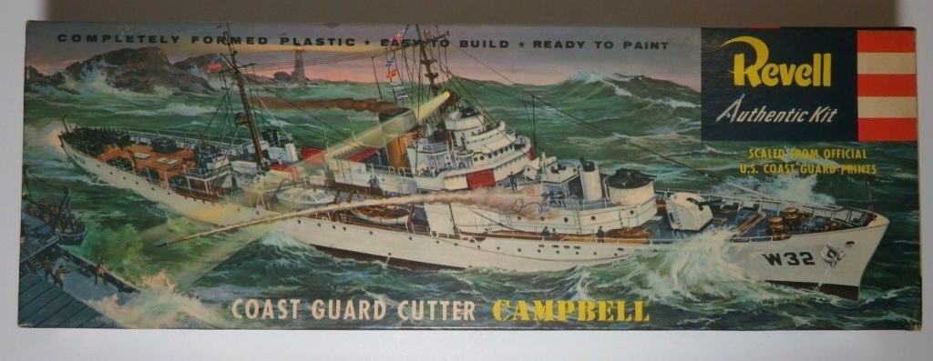 Recherche la maquette de l'USCG Roger B. Taney ou USCG Campbell, 1/302 Revell. S-l16013