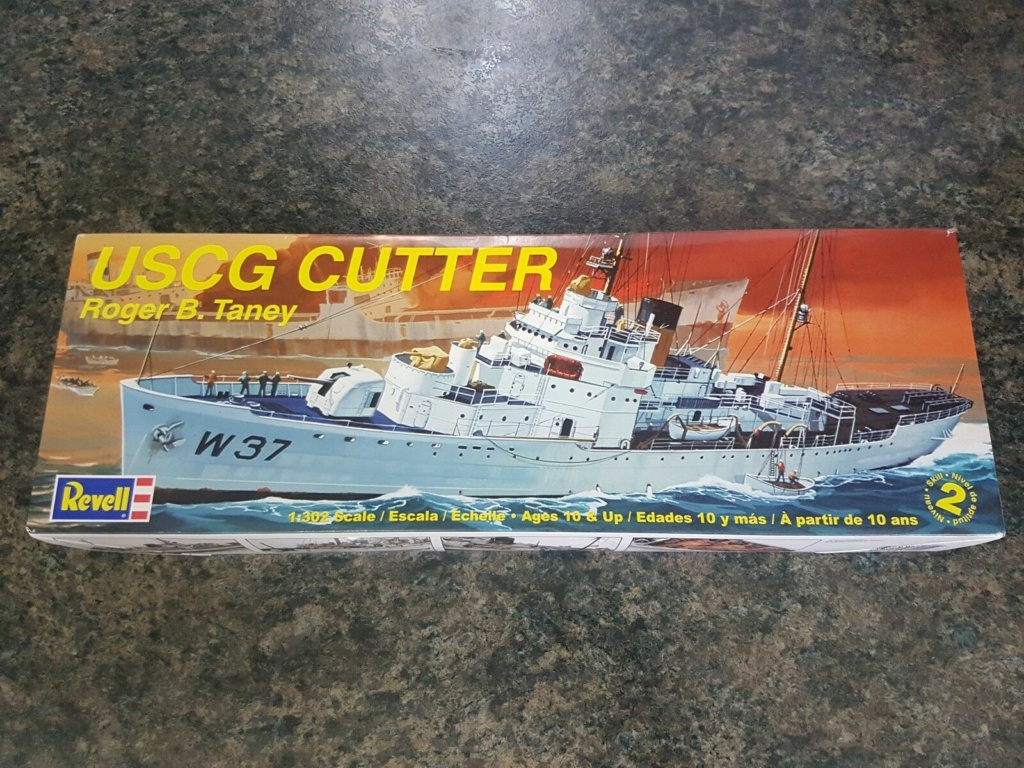 Recherche la maquette de l'USCG Roger B. Taney ou USCG Campbell, 1/302 Revell. Uscg_c10
