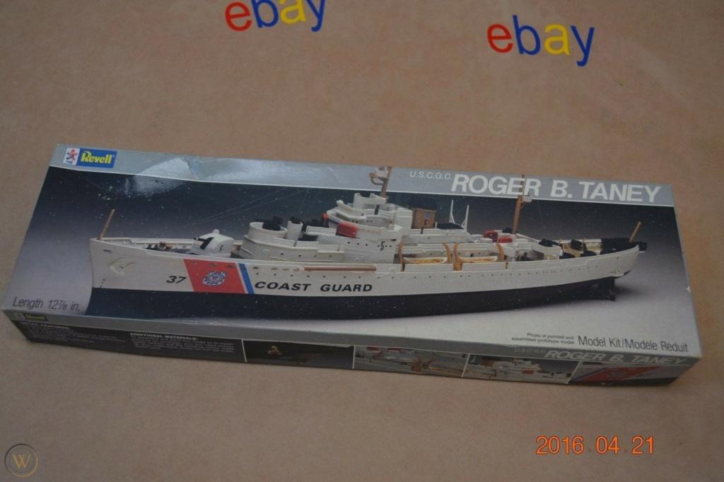 Recherche la maquette de l'USCG Roger B. Taney ou USCG Campbell, 1/302 Revell. Vintag10
