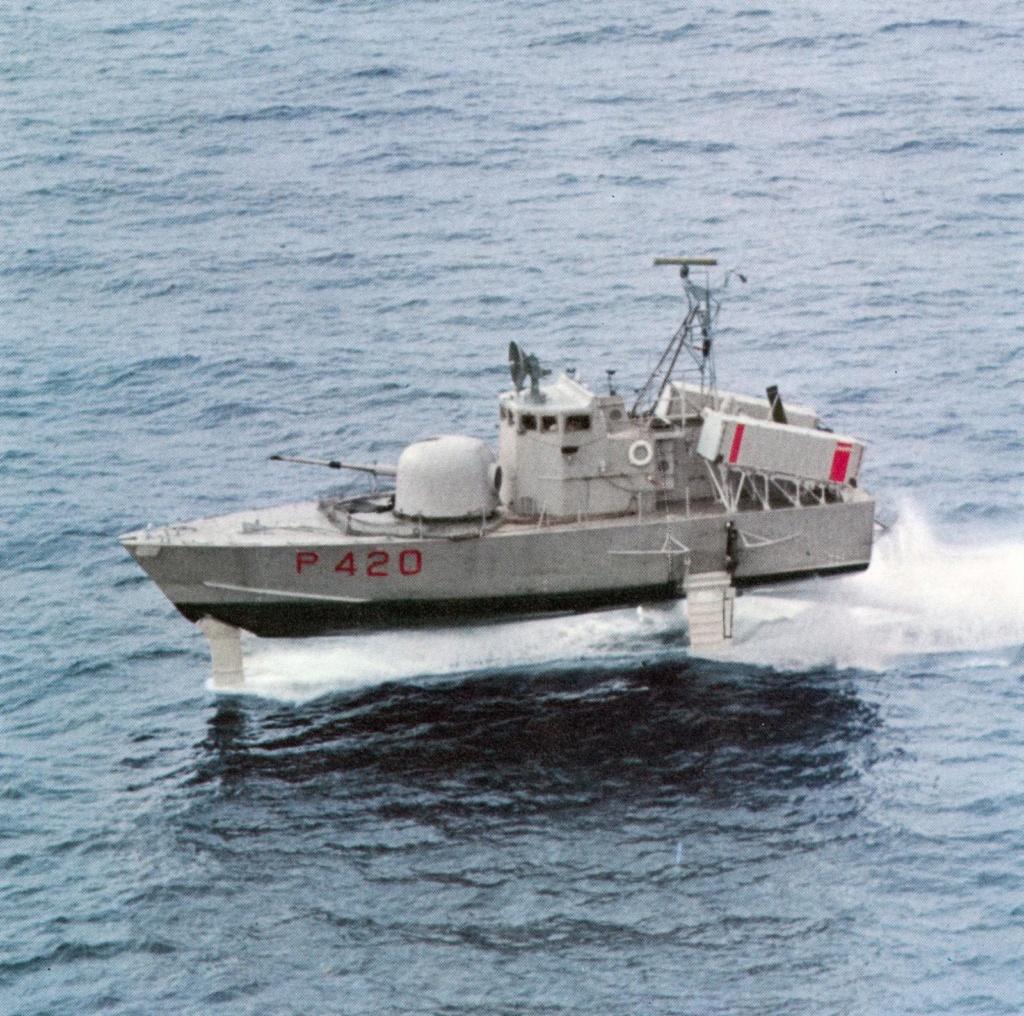 USS Pegasus hydroptère Hobby Boss 1/200. Zmg52810