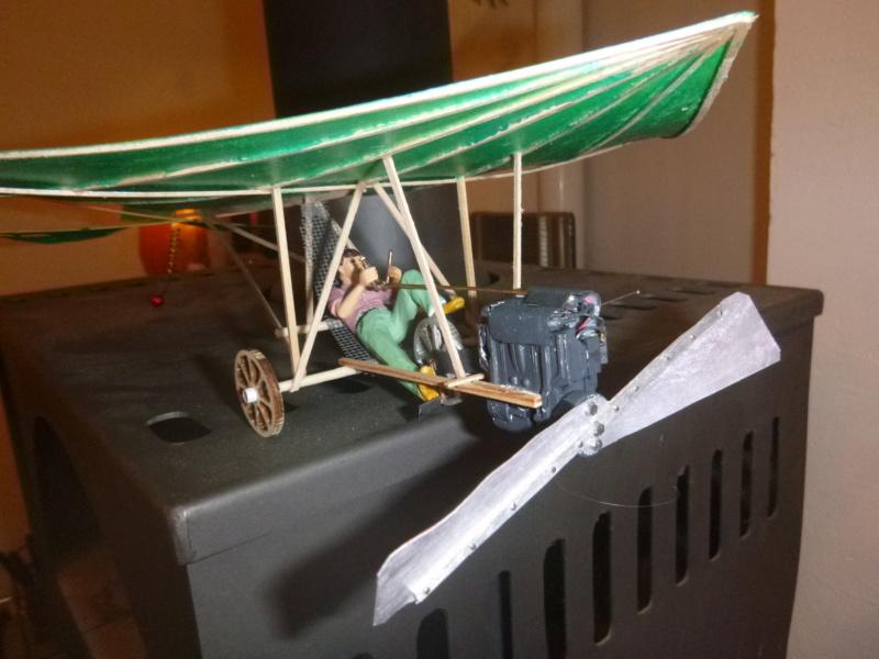 Flugzeug mit Pedalantrieb für meine Eisenbahn Anlage 1:22,5 Traumland  P1080028