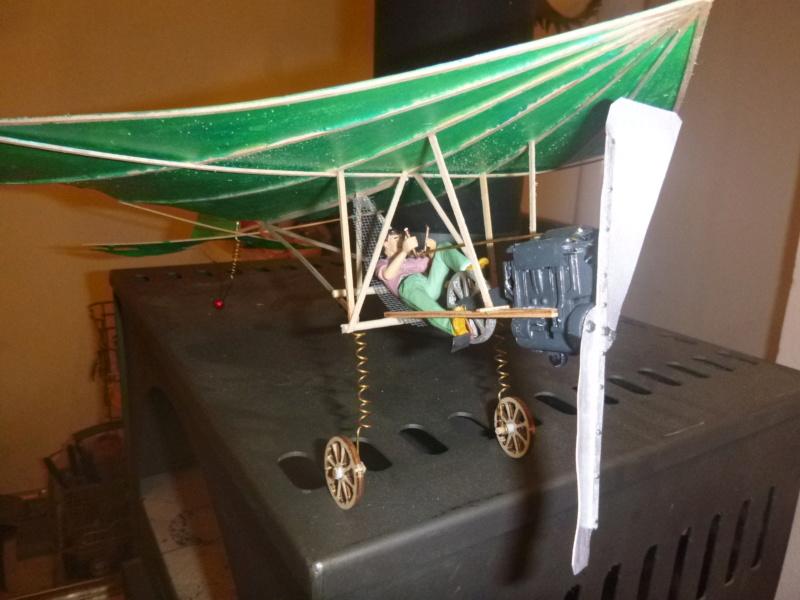 Flugzeug mit Pedalantrieb für meine Eisenbahn Anlage 1:22,5 Traumland  P1080035