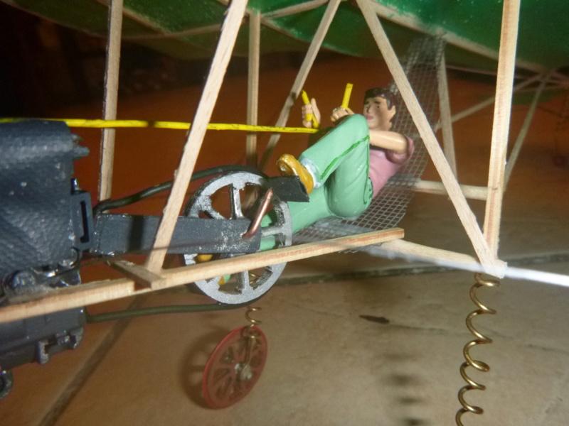 Flugzeug mit Pedalantrieb für meine Eisenbahn Anlage 1:22,5 Traumland  P1080039