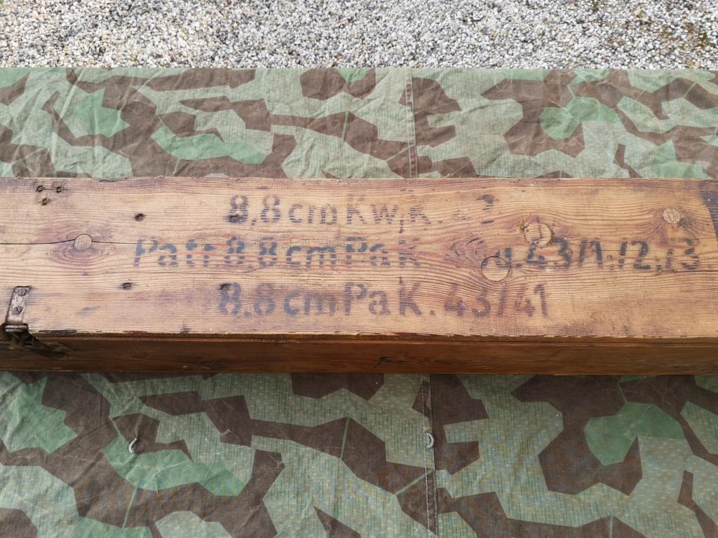 Couteaux allemands, kits Rg34 et caisse 8,8 cm Kw.K.43 Img_1000