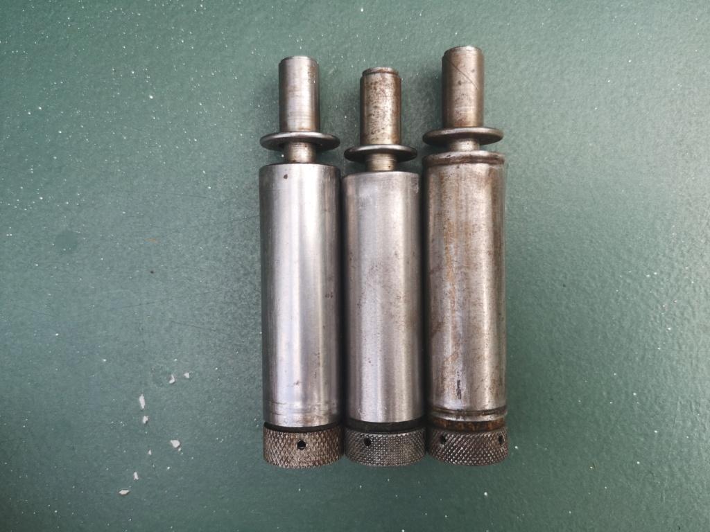 Couteaux allemands, kits Rg34 et caisse 8,8 cm Kw.K.43 Img_2979