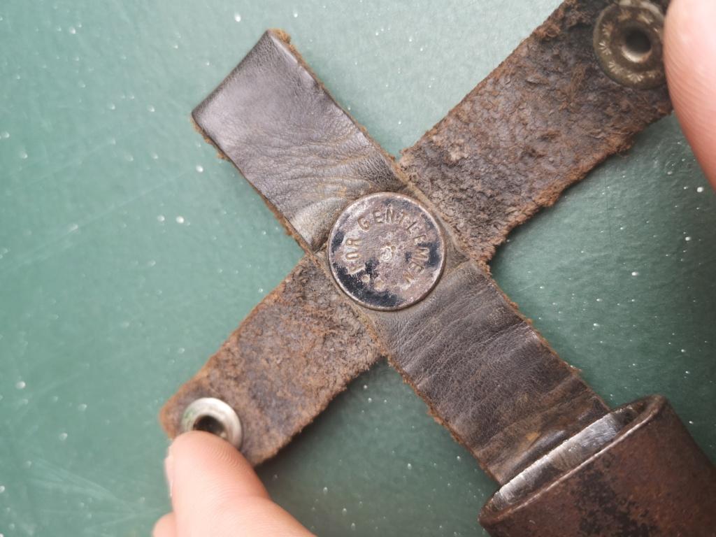 Couteaux allemands, kits Rg34 et caisse 8,8 cm Kw.K.43 Img_2985