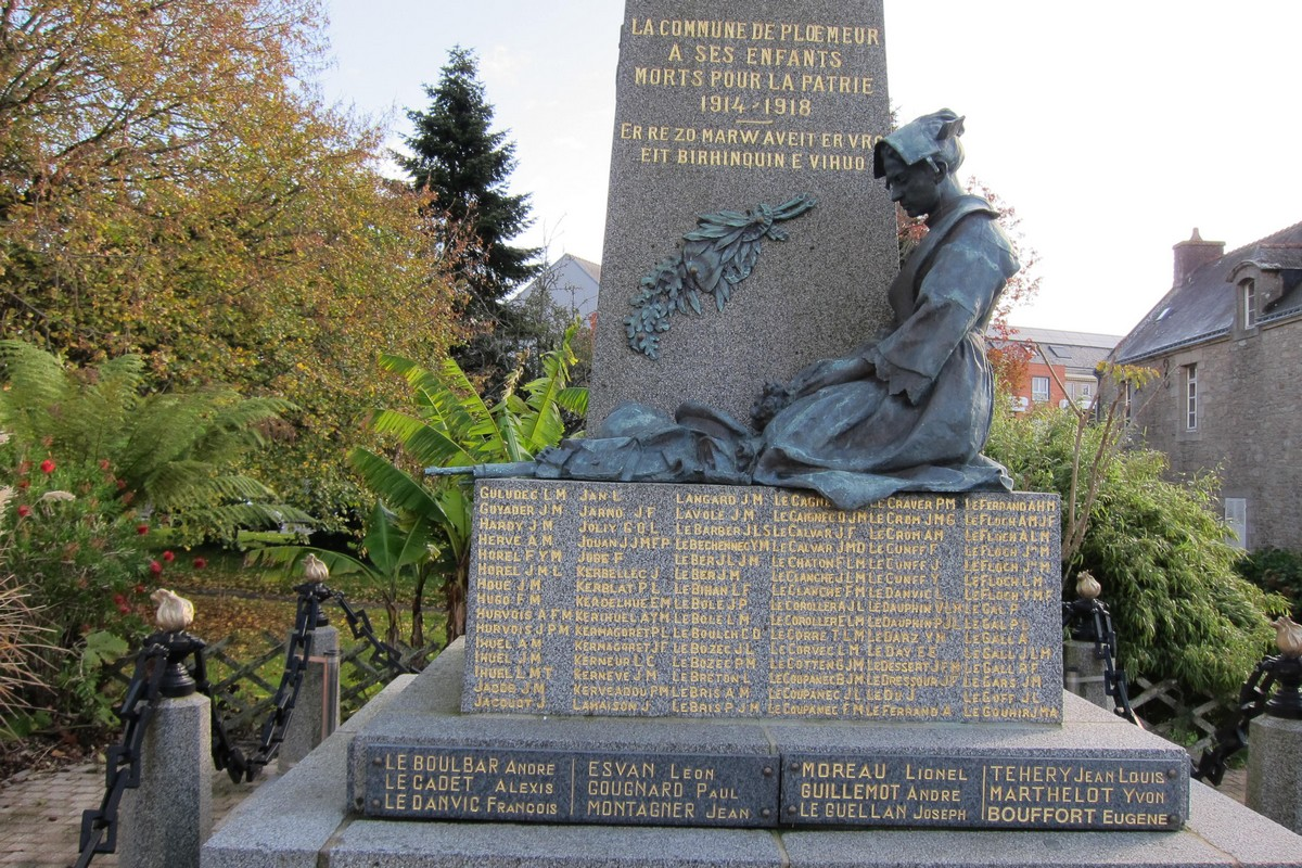 [ Histoires et histoire ] Monuments aux morts originaux Français Tome 2 - Page 13 Acb_4212