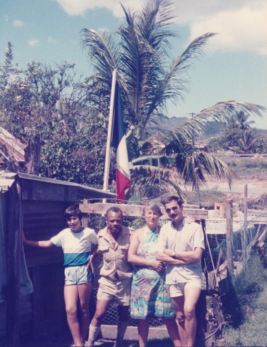 [Les stations radios et télécommunications] Station Emission Riviere Salée Martinique - Page 2 Acb_m119