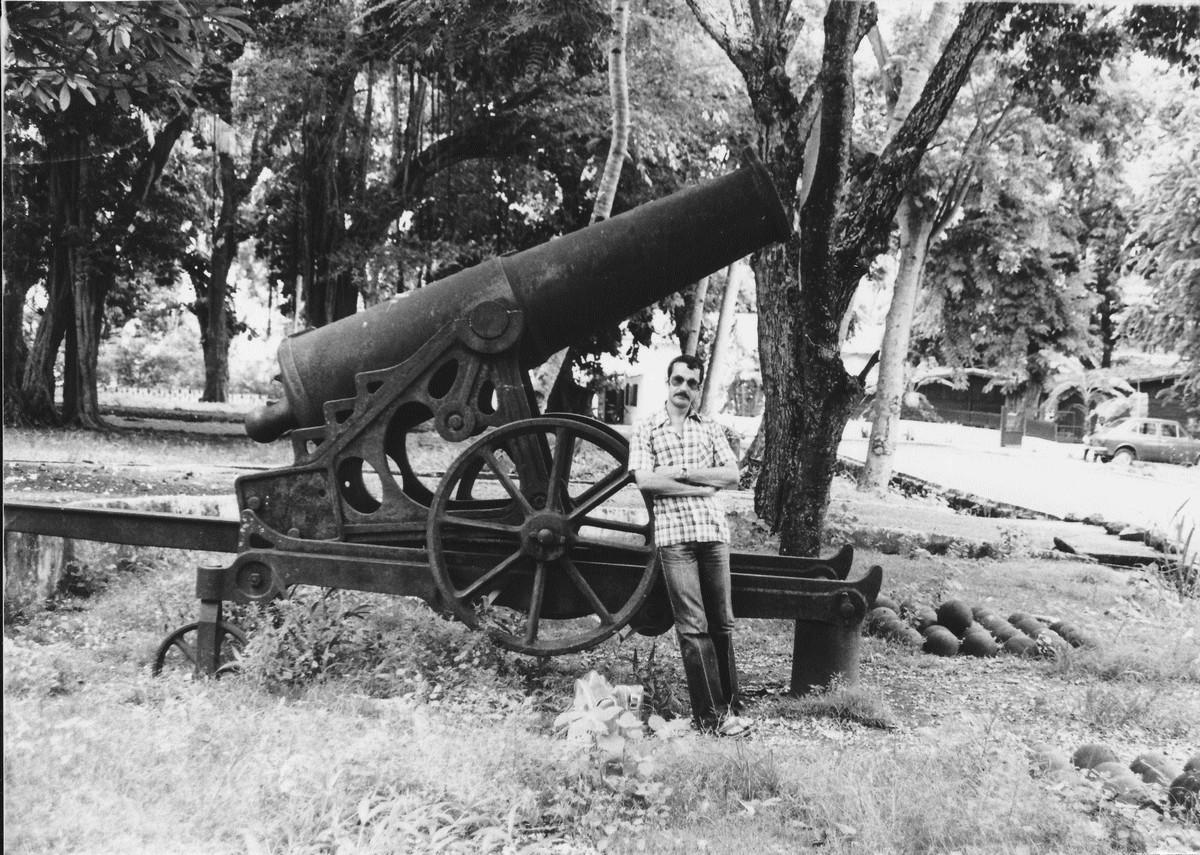 [Les différents armements dans la Marine] Pour changer, si l'on parlait canons... - Page 4 Acb_m446