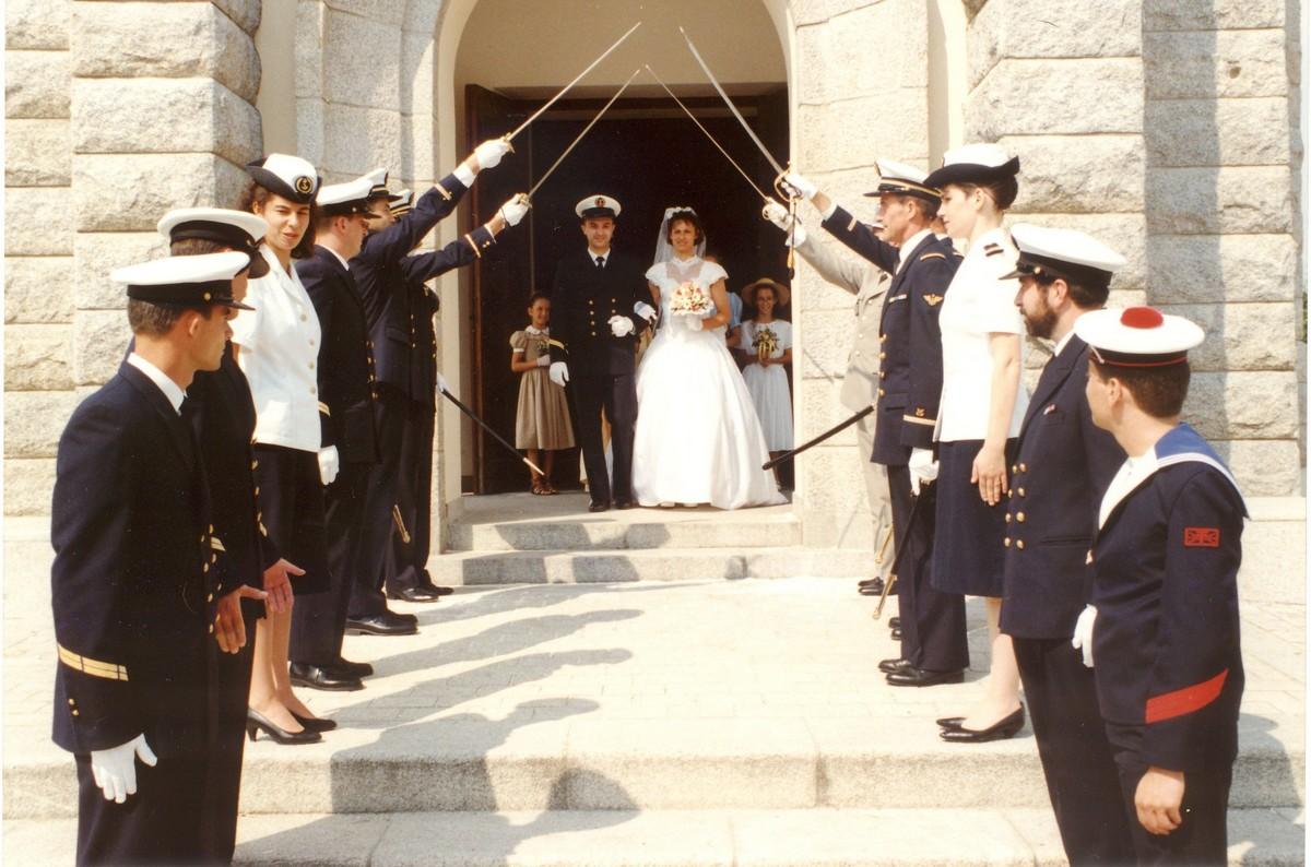 [Les traditions dans la Marine] Mariage en tenue - Page 6 Acb_ma33