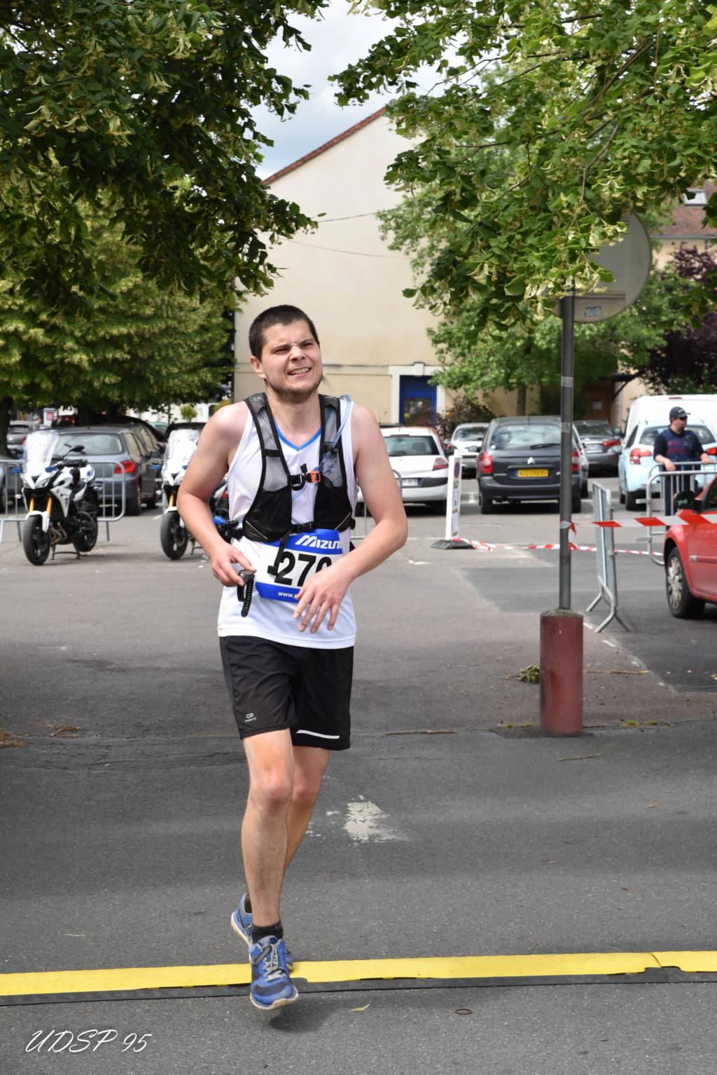 Week End du 15-16 :Trail des pompiers, relais marathon de Beauchamp et la course de Versaille Awi_4010