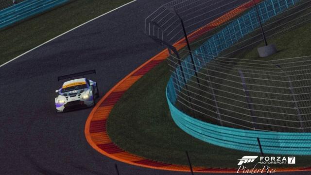 British GT eSports Championship 2019 - GALLERY Ezy_wa41