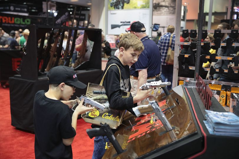 America's most spectacular gun show, bring the kids..something for everyone. 0_gun-10