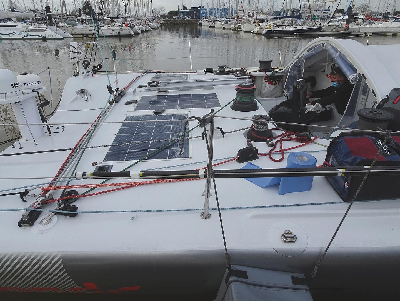 Vendée Globe 2020 , les bateaux - Page 2 Dsc08411
