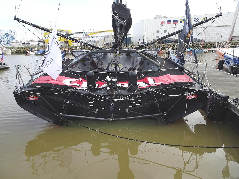 Vendée Globe 2020 , les bateaux - Page 2 Dsc08414