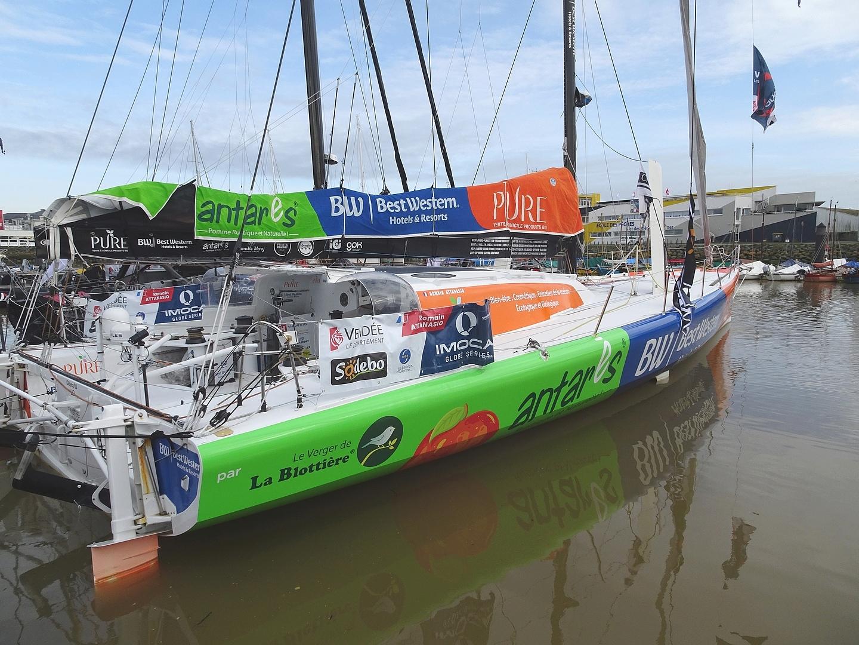 Vendée Globe 2020 , les bateaux - Page 2 Dsc08418