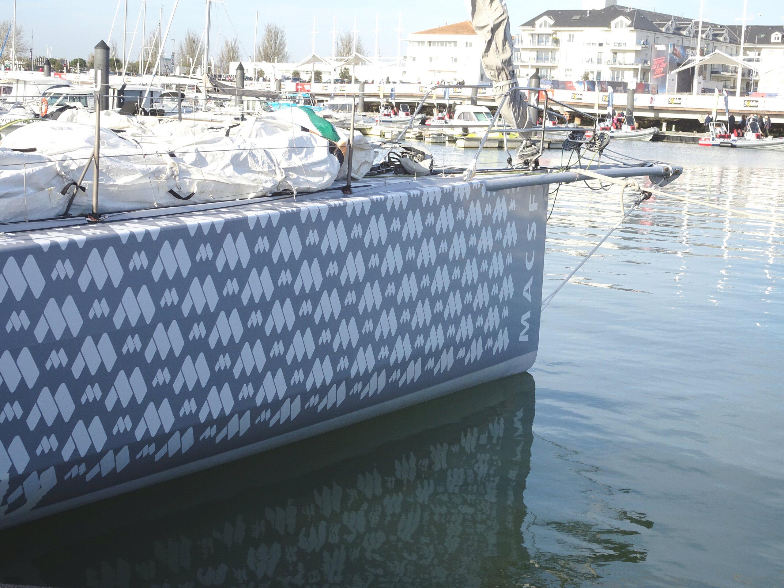 Vendée Globe 2020 , les bateaux - Page 2 Dsc08431