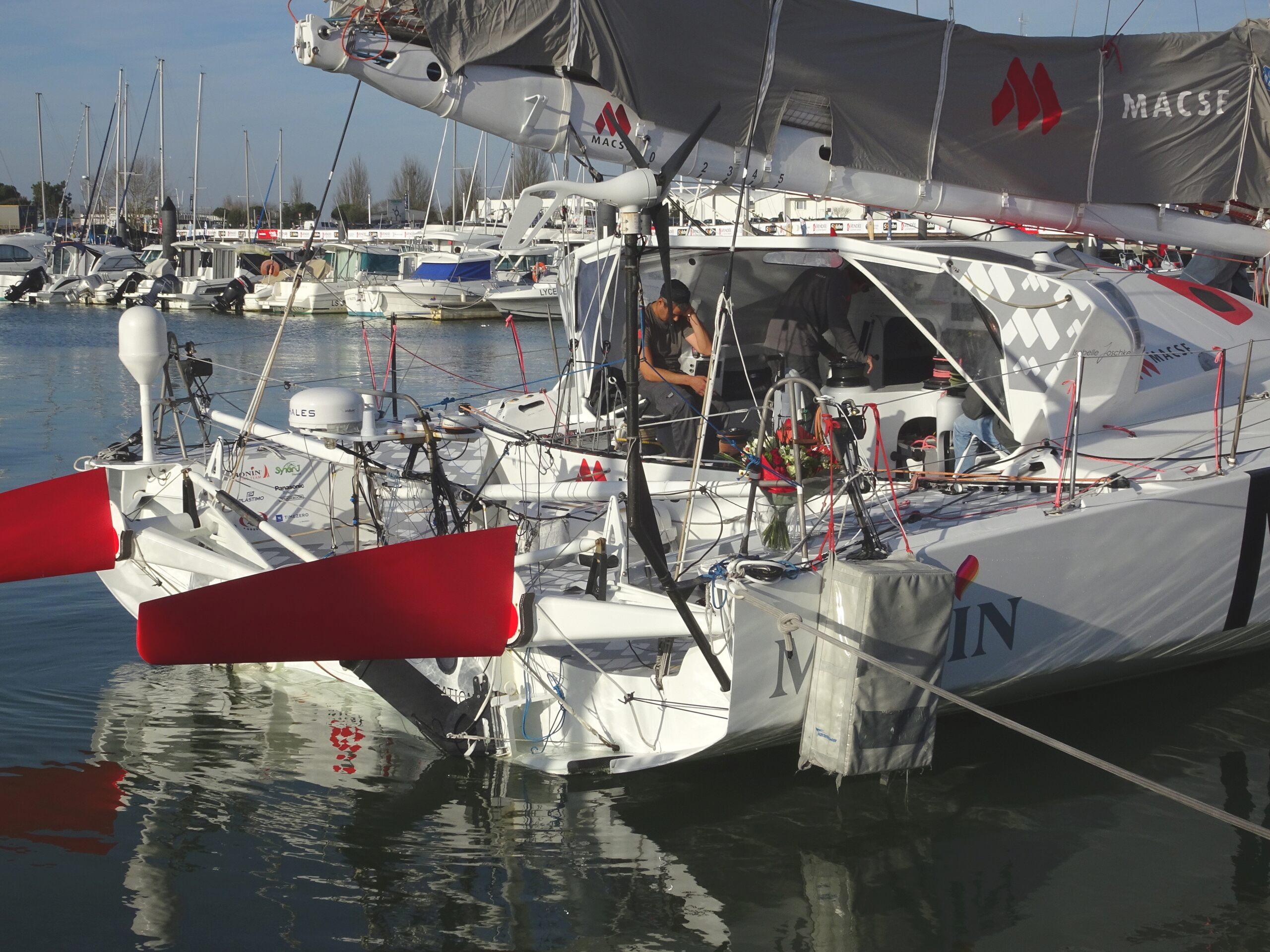 Vendée Globe 2020 , les bateaux - Page 2 Dsc08434