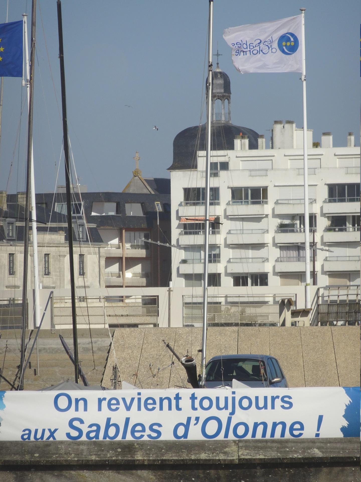 Vendée Globe 2020 , les bateaux - Page 2 Dsc08445