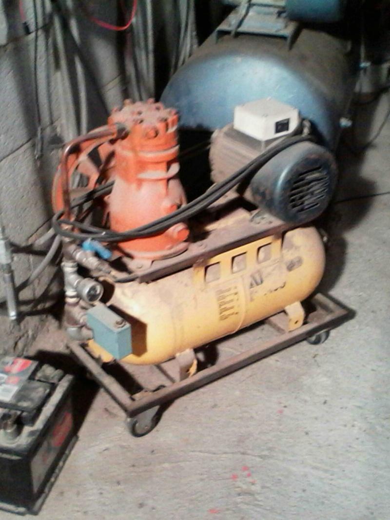 [Vendu ce jour] Pompe à vide industrielle Pompe10