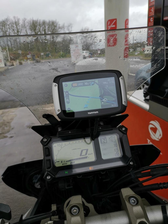 Position du GPS/smartphone au dessus du compteur SD GT 2020 Lowres17