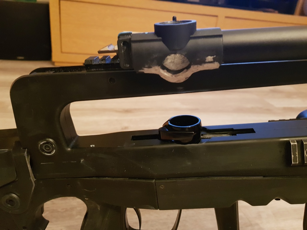 Famas 10 coups 20190130