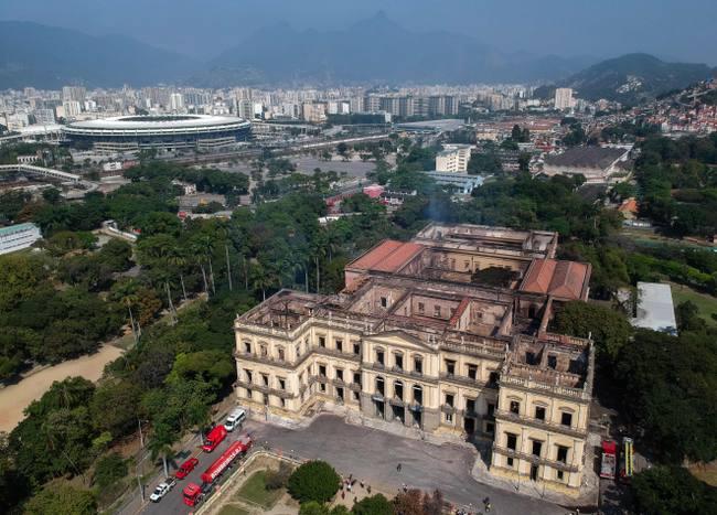 Incendie dans le Musée national de Rio 3fc69e10