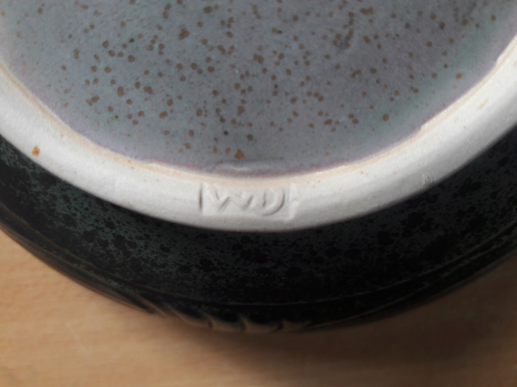 Help Identifying a signed and stamped bowl WD mark  15622510