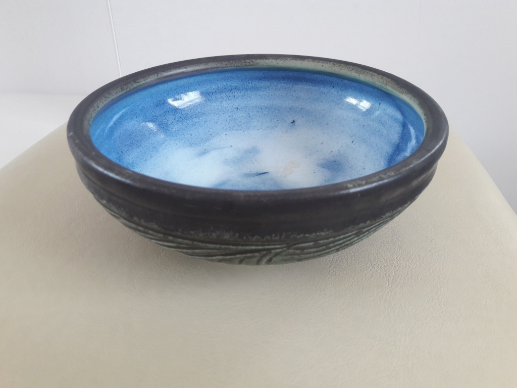 Help Identifying a signed and stamped bowl WD mark  20190722