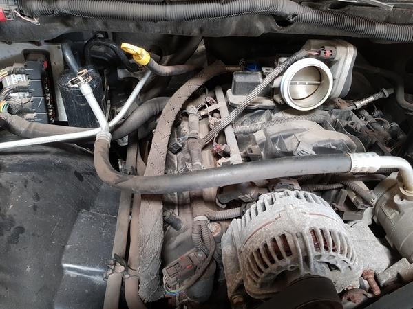 Claquement moteur à l'accélération :-(( 110