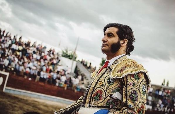 Una foto de Morante cada día Torero10